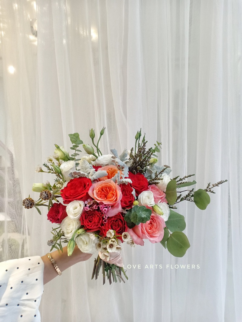 Xu hướng hoa cưới tinh tế, sang trọng năm 2021