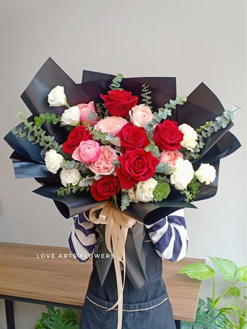Top 10 bó hoa tinh tế tại Love Arts giúp bạn chinh phục trái tim nàng