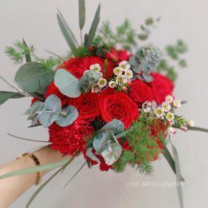 Bí quyết chọn hoa cưới đẹp phù hợp với vóc dáng của cô dâu